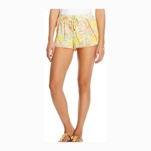 Preowned Lilly Pulitzer Elastic Shorts Size: Small